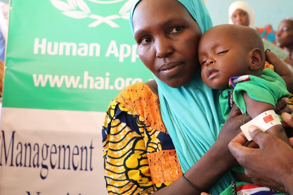 صورة تنظيم كشوفات طبية شاملة  لعدد 1500 شخص - السنغال